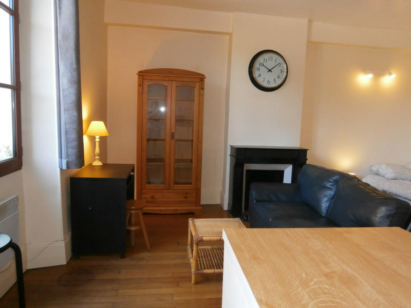 Rental apartment Fontainebleau 784€ CC - Picture 1