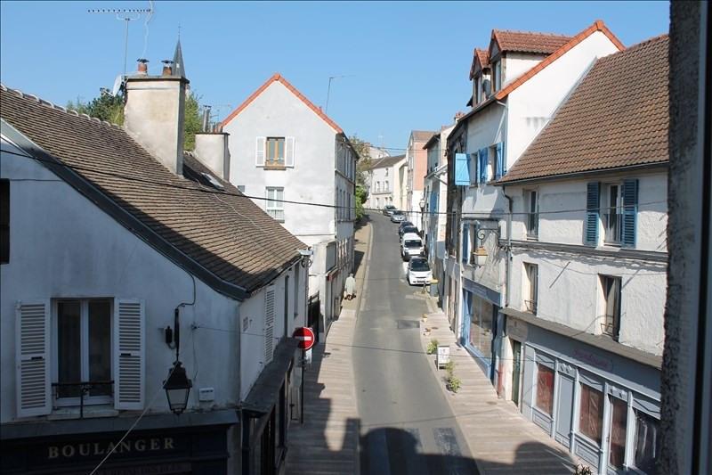 Rental apartment Verrieres le buisson 740€ CC - Picture 1