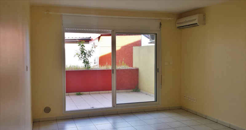 Revenda apartamento Saint gilles les hauts 90000€ - Fotografia 3