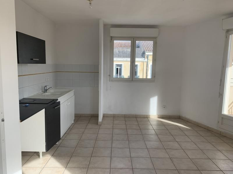 Rental apartment La seyne sur mer 530€ CC - Picture 1