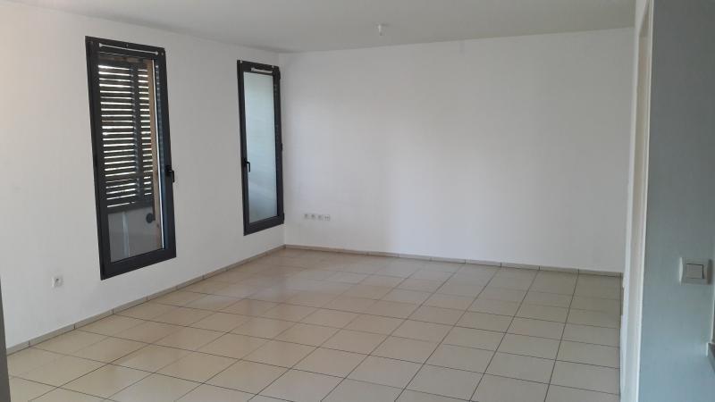 Sale apartment St paul 145000€ - Picture 1