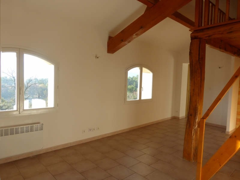 Rental apartment Tourves 620€ CC - Picture 2