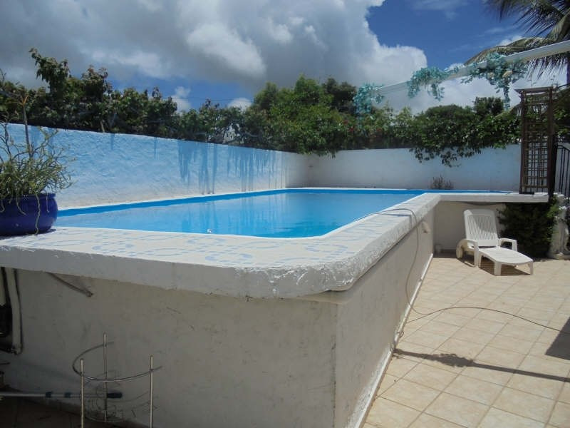 Investment property house / villa Ste anne 374 400€ - Picture 2