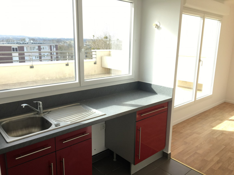 Rental apartment Cergy 1217€ CC - Picture 11