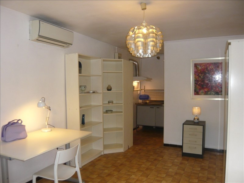 Rental apartment Aix en provence 530€ CC - Picture 1