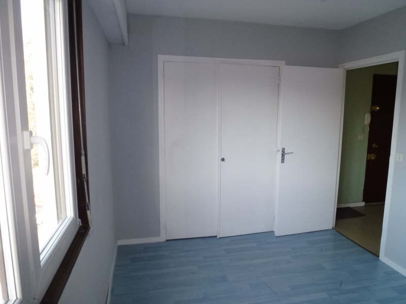 Sale apartment Chambery 94000€ - Picture 5