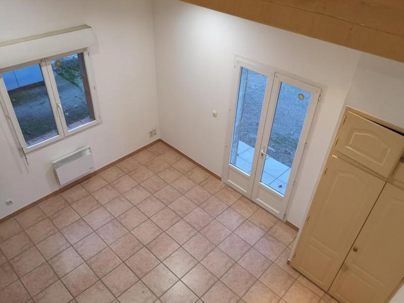 Location appartement Eguilles 600€ CC - Photo 1