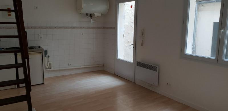 Rental apartment Cognac 402€ CC - Picture 2