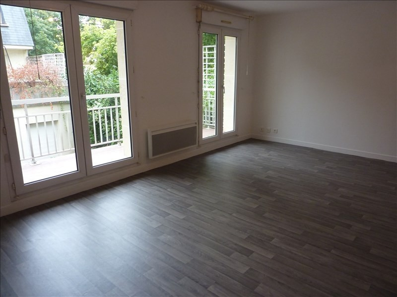 Rental apartment Orsay 762€ CC - Picture 3