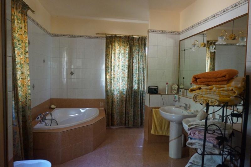Vente de prestige maison / villa Lourmarin 695000€ - Photo 11