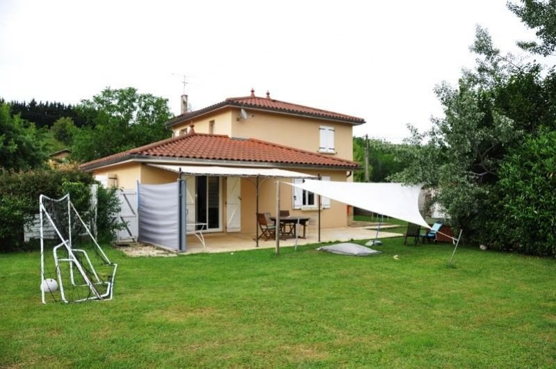 Sale house / villa Pouilly le monial 305000€ - Picture 1