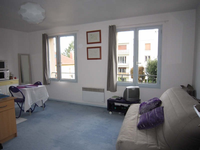 Rental apartment Marly le roi 502€ CC - Picture 1