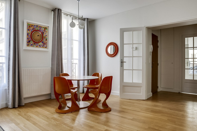 Location appartement Paris 11ème 2 995€ CC - Photo 4