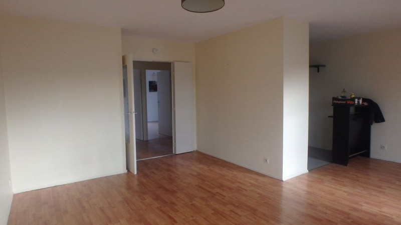 Rental apartment Deyme 730€ CC - Picture 3