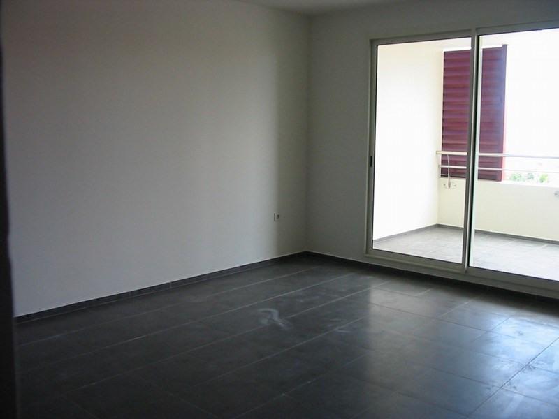 Location appartement St denis 590€ CC - Photo 7