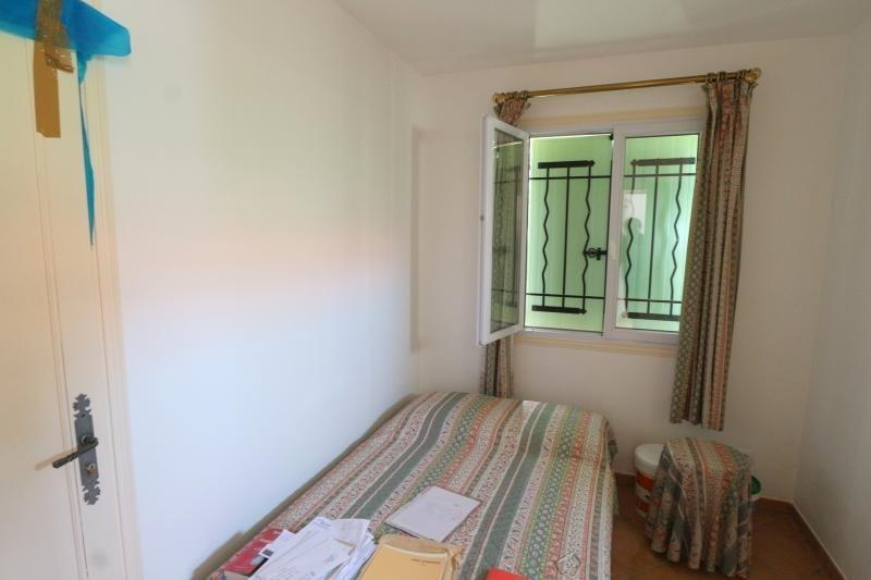 Sale house / villa Roquebrune sur argens 333500€ - Picture 8