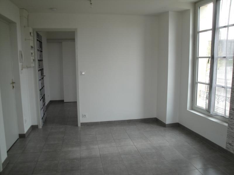 Location appartement Niort 510€ CC - Photo 3