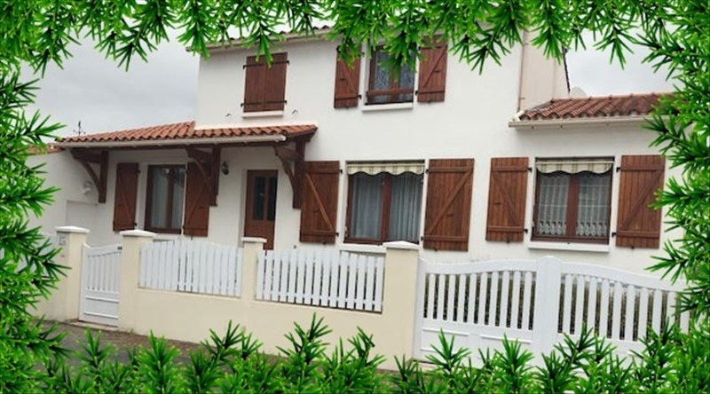 Sale house / villa La tranche sur mer 284100€ - Picture 2