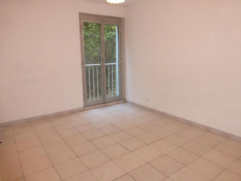 Location appartement Aix en provence 892€ CC - Photo 4