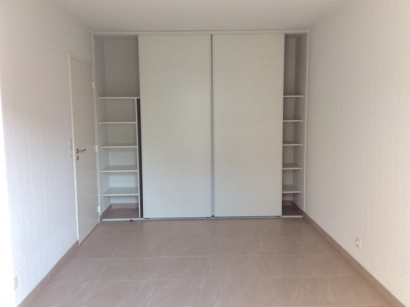 Location appartement Fréjus 793€ CC - Photo 7