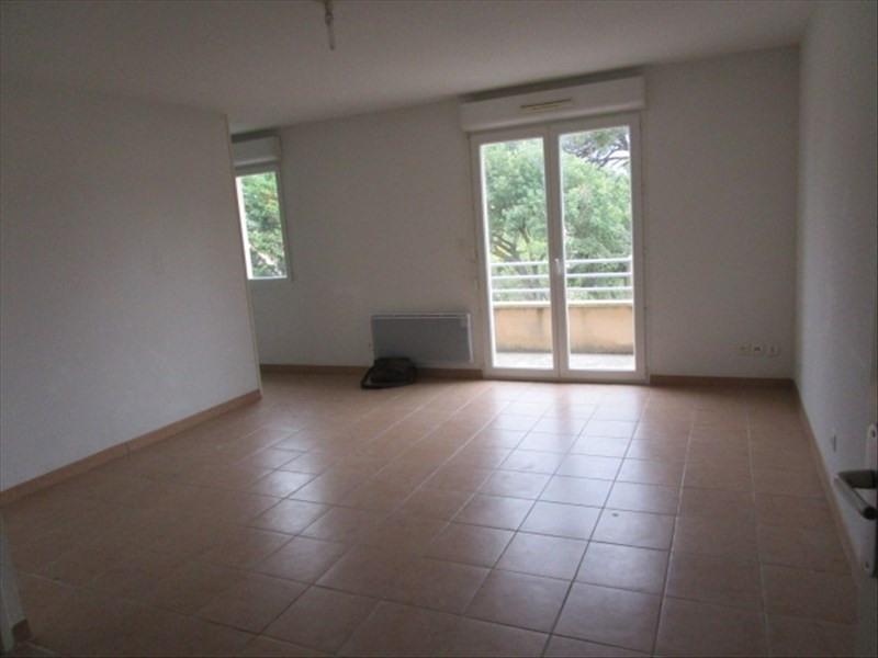 Rental apartment Berriac 360€ CC - Picture 1