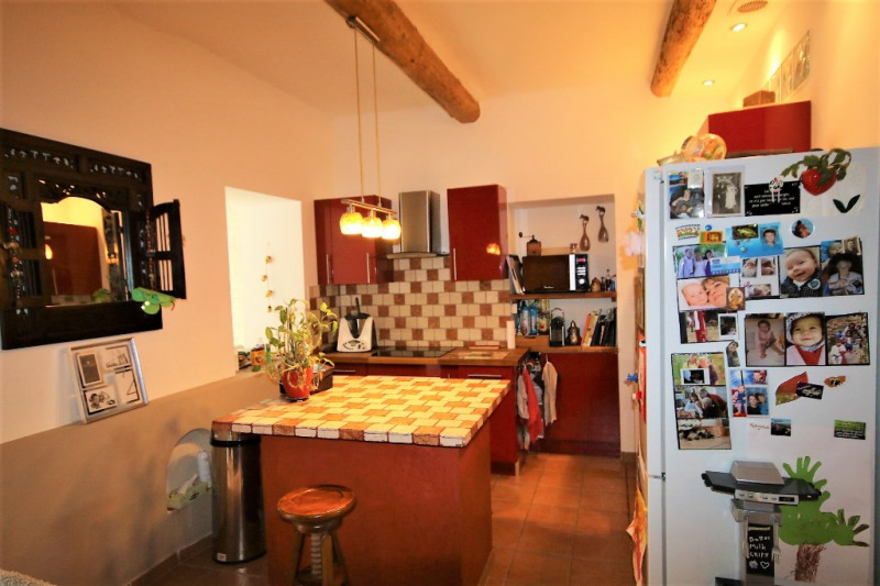 Sale apartment Meyrargues 232 000€ - Picture 2