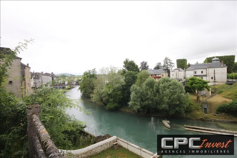 Sale building Oloron ste marie 106 000€ - Picture 1