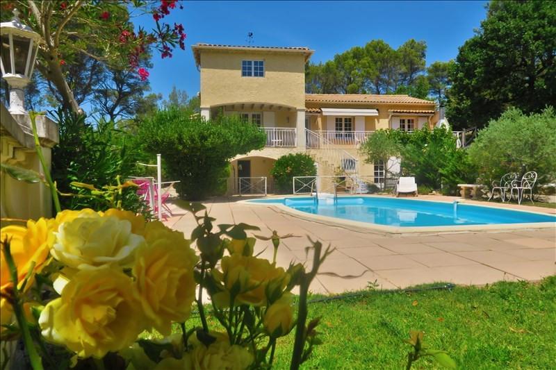 Deluxe sale house / villa Rognes160 641000€ - Picture 1