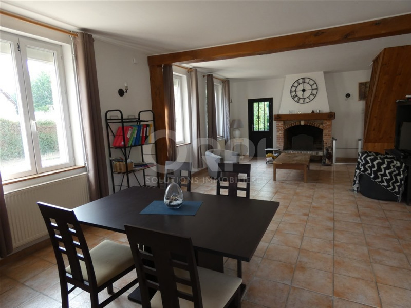 Sale house / villa Les andelys 174000€ - Picture 3