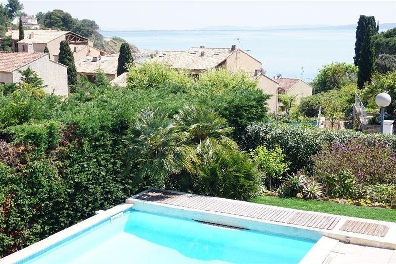 Deluxe sale house / villa Carqueiranne 899000€ - Picture 2