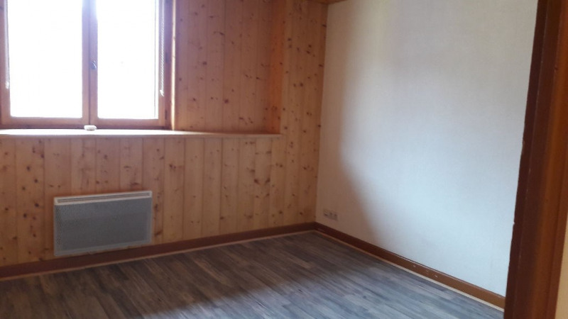 Rental apartment Sallanches 600€ CC - Picture 2