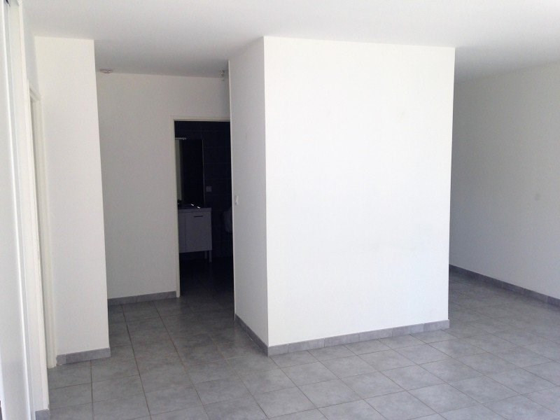 Rental apartment Attignat 640€ CC - Picture 4