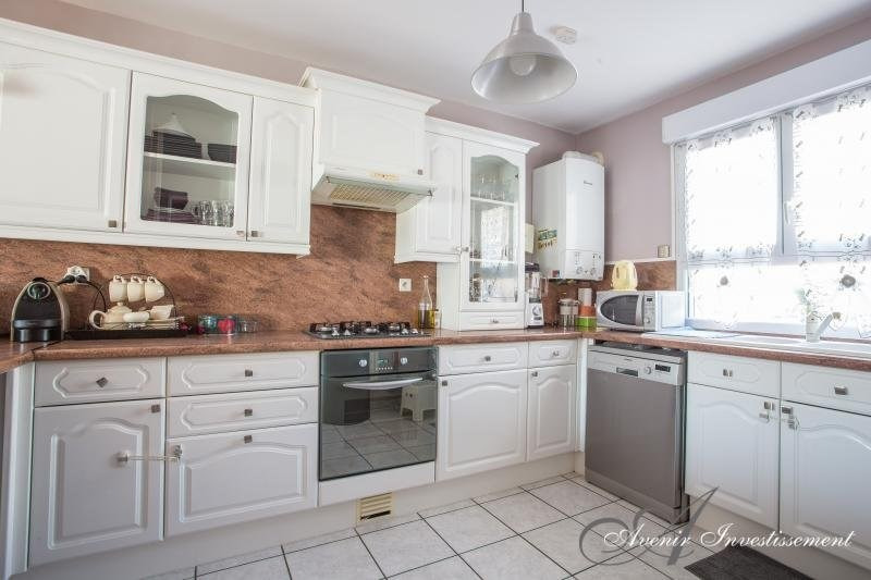 Sale house / villa Villeurbanne 279000€ - Picture 4