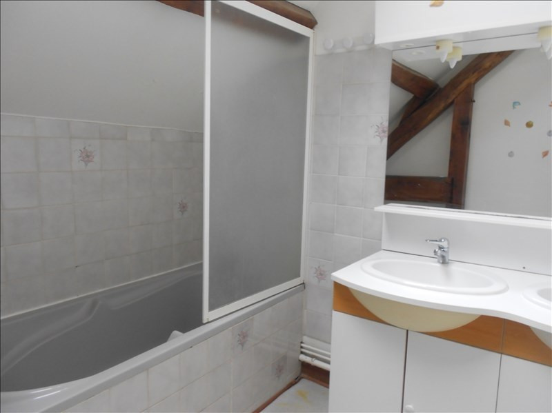 Location maison / villa Fontaine macon 730€ CC - Photo 7