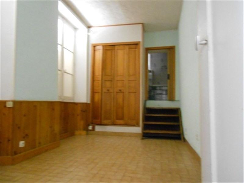 Rental apartment Provins 295€ CC - Picture 1