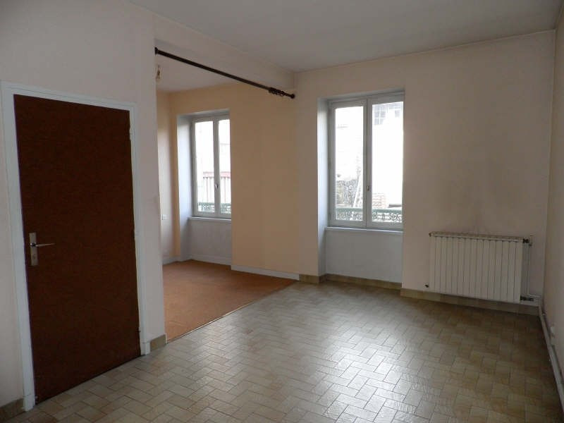 Rental apartment Le puy en velay 327,79€ CC - Picture 2