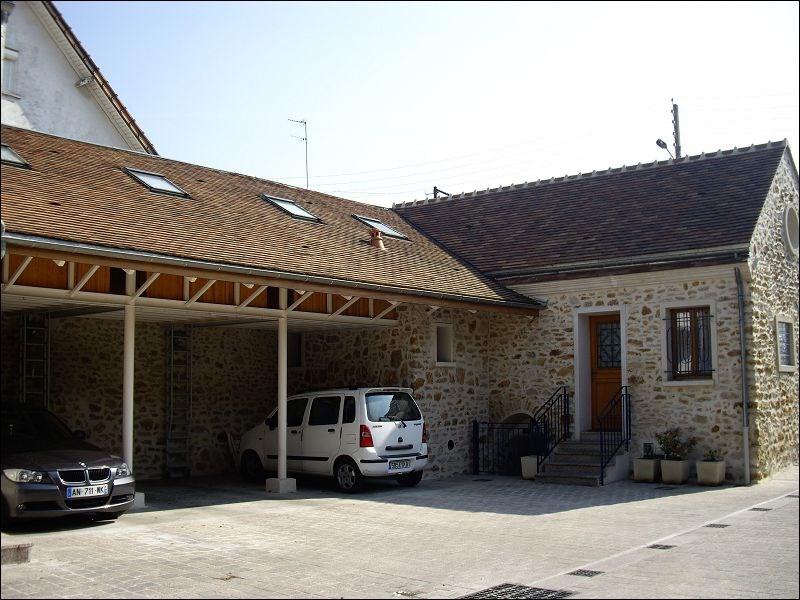 Location maison / villa Crosne 940€ CC - Photo 1