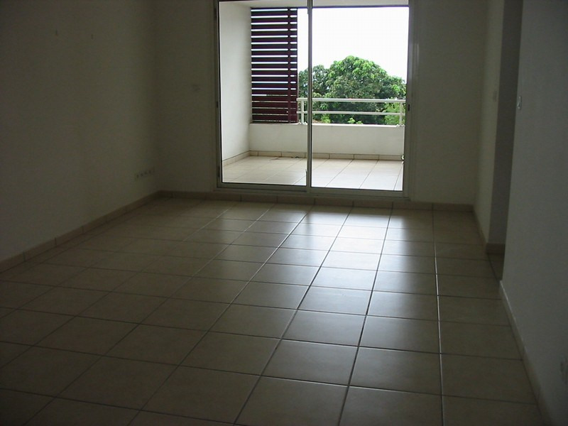 Vente appartement Ste clotilde 99 000€ - Photo 2