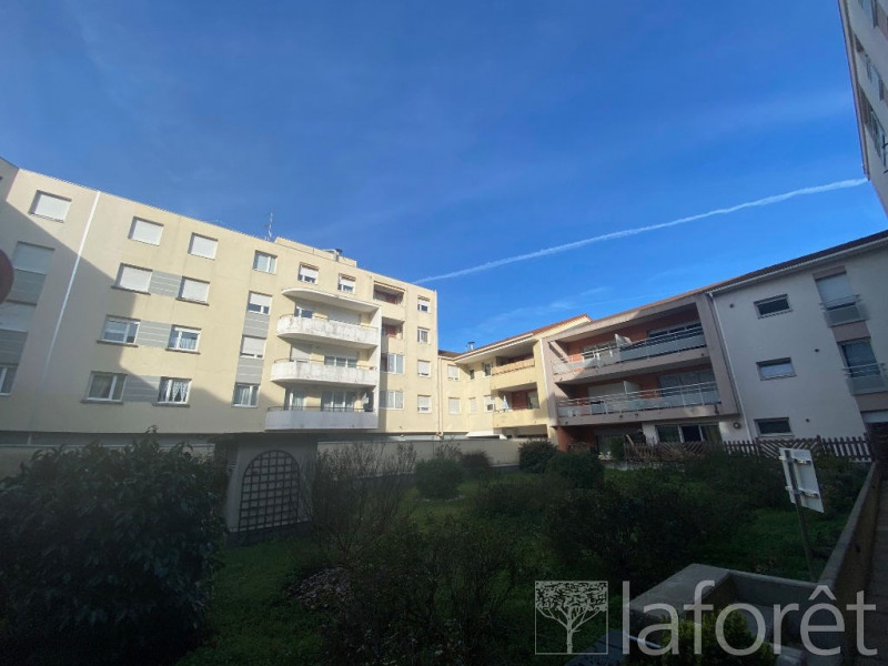 Sale apartment Bourgoin jallieu 139900€ - Picture 4