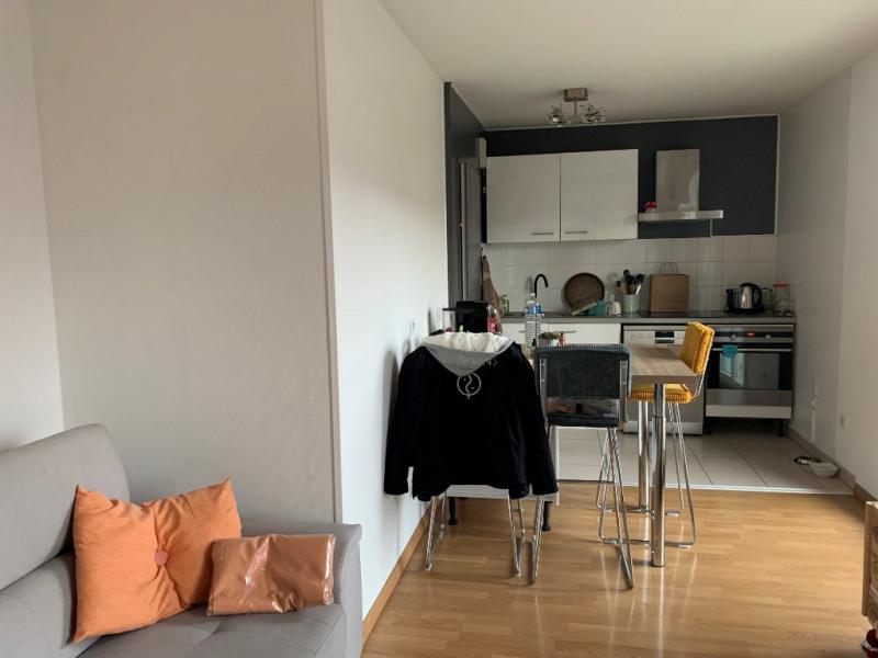 Rental apartment Eragny 748€ CC - Picture 3