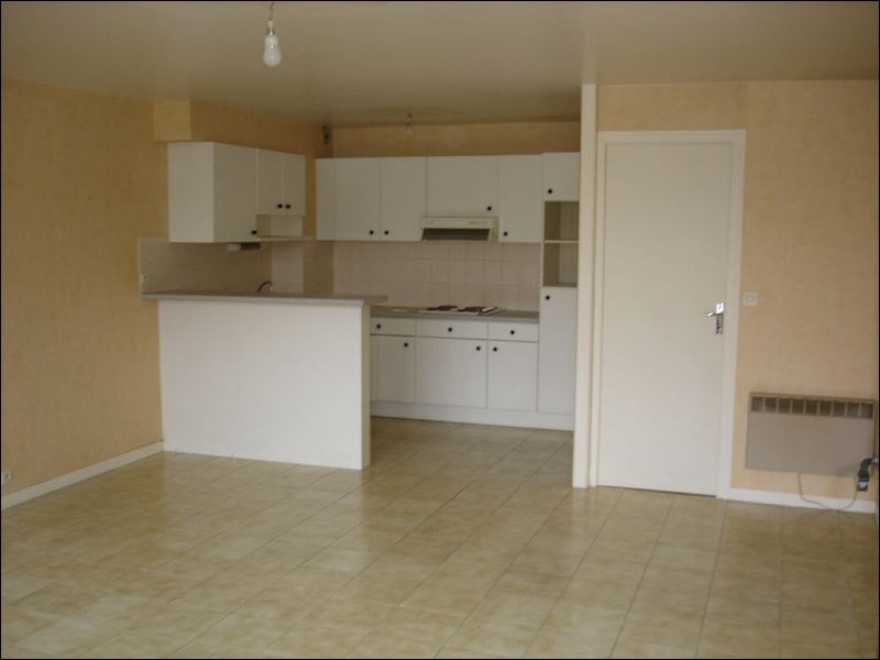 Rental apartment Savigny sur orge 728€ CC - Picture 2