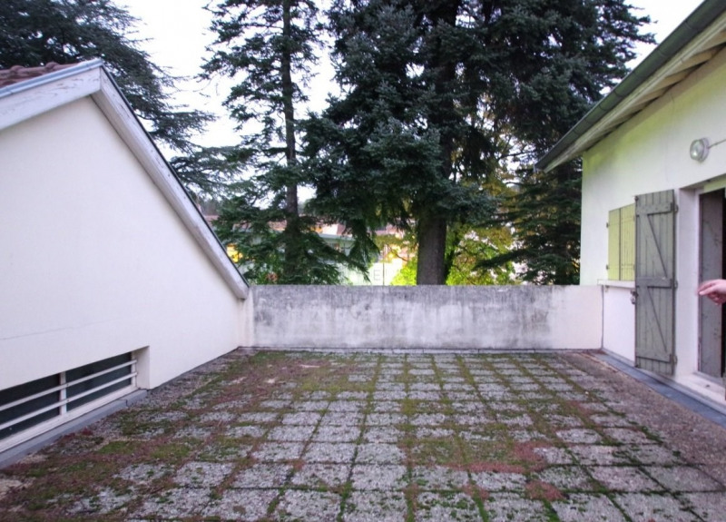 Sale apartment St jean de bournay 358000€ - Picture 2