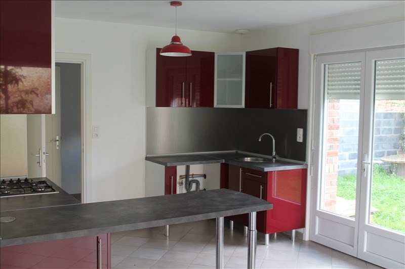 Location maison / villa Fressain 850€ CC - Photo 3