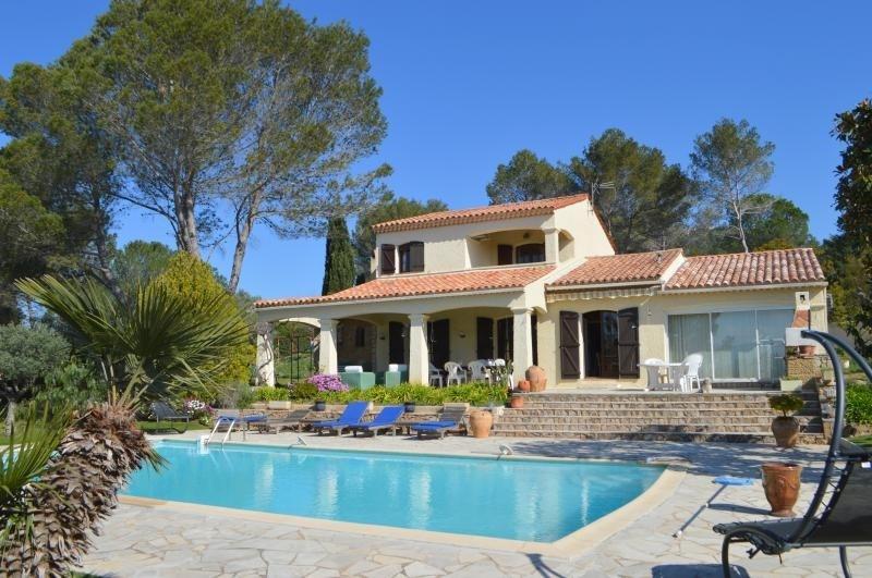 Vente de prestige maison / villa Roquebrune sur argens 572000€ - Photo 1