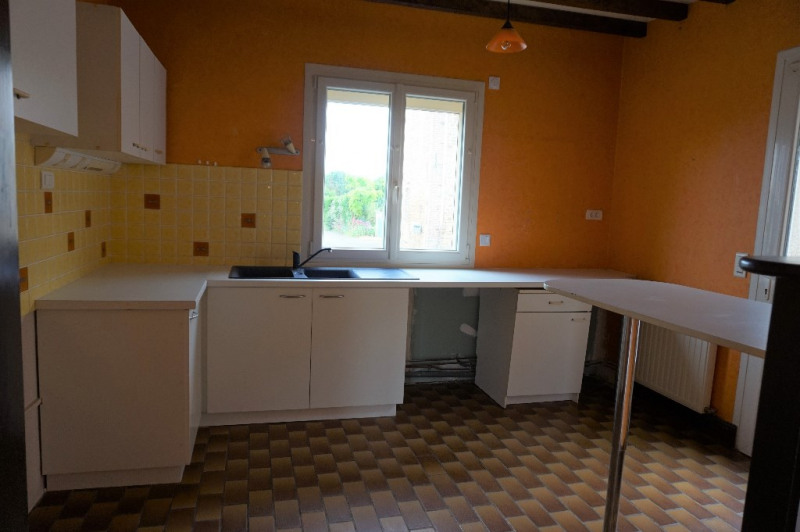 Sale house / villa Ballots 89500€ - Picture 4