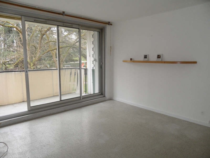 Rental apartment Marly le roi 983€ CC - Picture 1