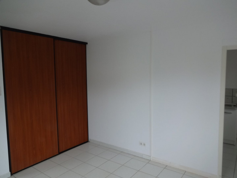Rental empty room/storage Cornebarrieu 1 050€ CC - Picture 3
