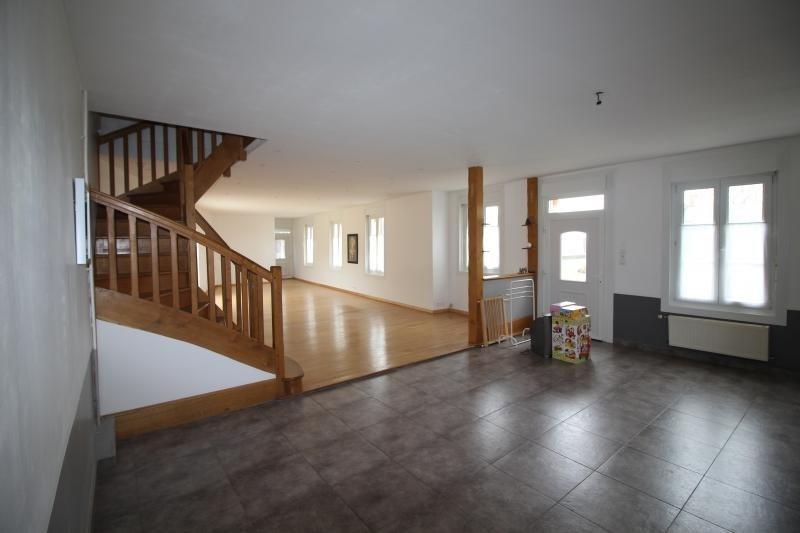 Sale house / villa St maxent 188000€ - Picture 1