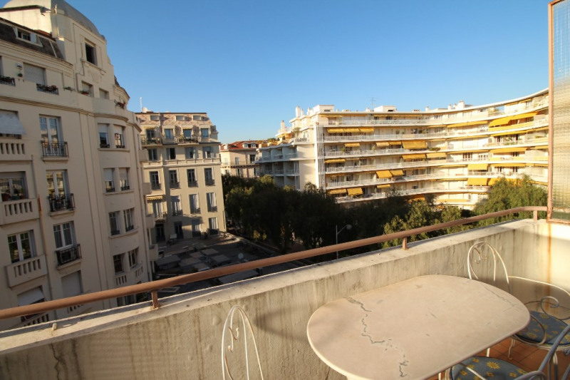 Location appartement Nice 950€ CC - Photo 1