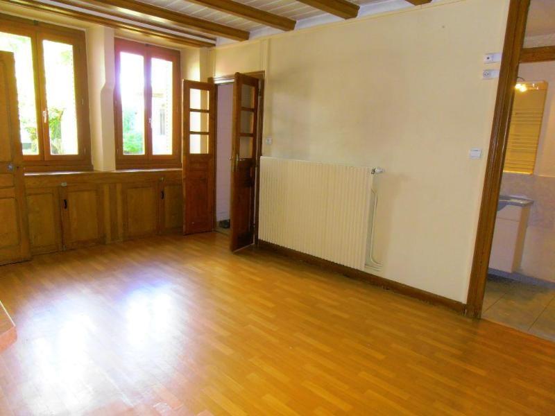 Rental house / villa Bellignat 706€ CC - Picture 1